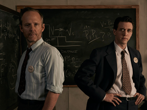 Picture of Frank Winter (John Benjamin Hickey) and Charlie Isaacs (Ashley Zuckerman)